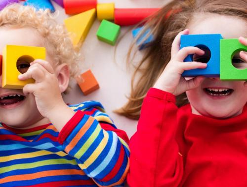 Brincadeiras infantis ajudam no desenvolvimento